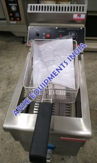 Gas Fryer with Tap Thermostat