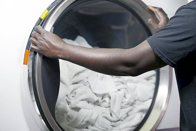 3 Reasons Your Linen Partner Should Offer Tunnel Washer Technology