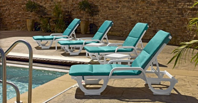 How to Buy Outdoor Furniture for Your Hotel or Restaurant
