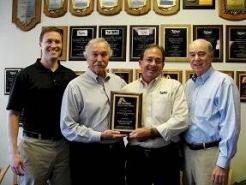 Southeastern Laundry Equipment Named UniMac 2015 Distributor of the Year